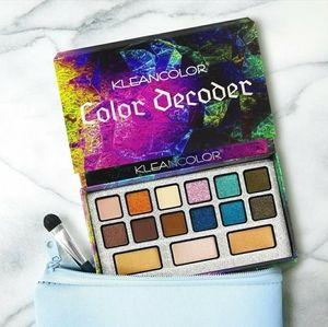 Color Decoder Makeup Eyeshadow Palette